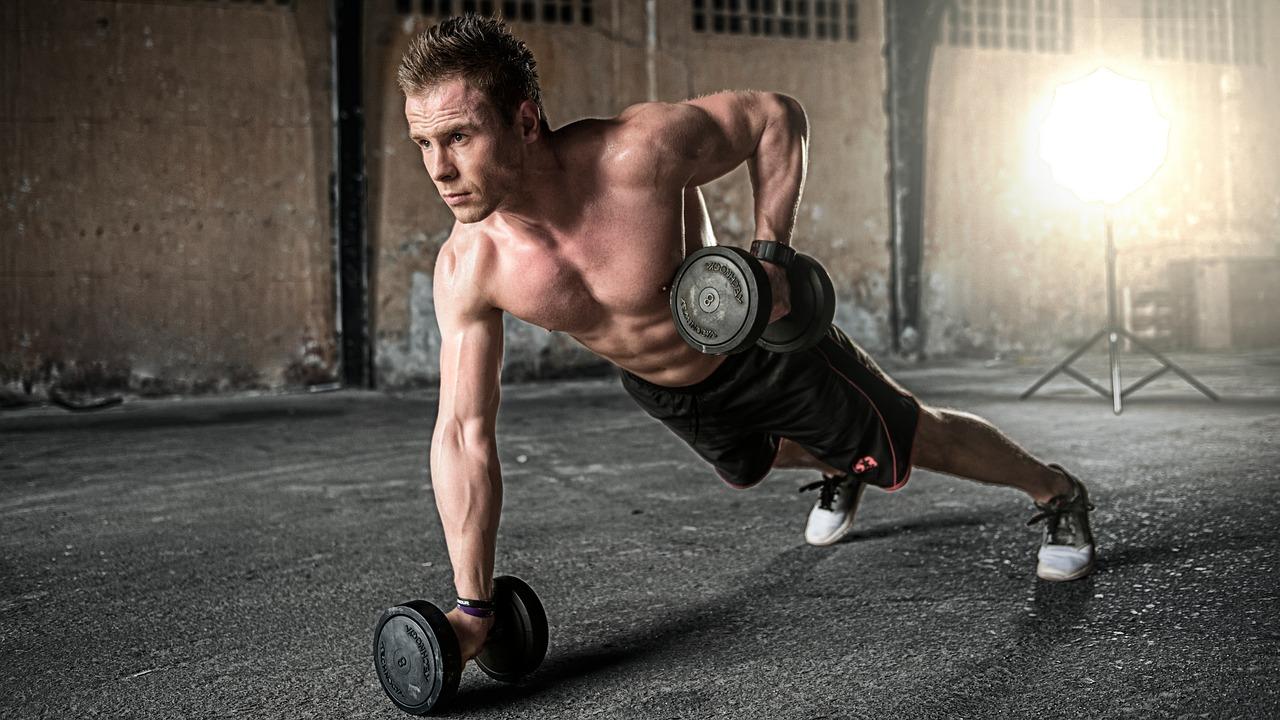 wplyw diety suplementacji i treningu na budowanie masy miesniowej
